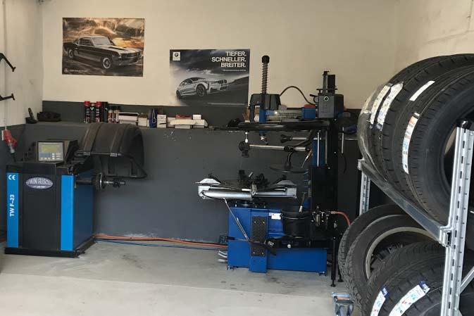 Auswuchten Reifenwechsel Smart Repair Werkstatt Solingen