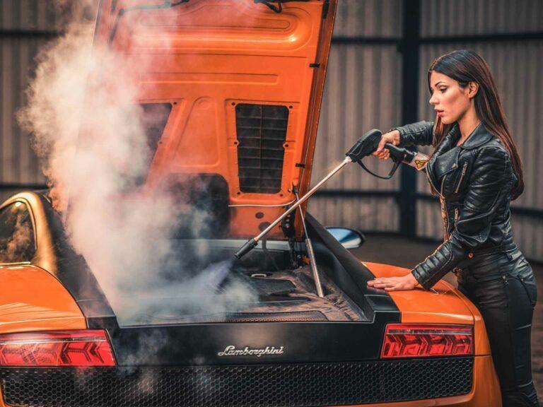 Professionele Dampfreinigung-Fortador Lamborghini Innenreinigung